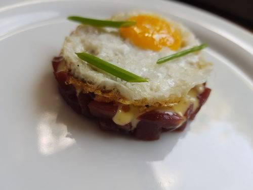 Tartare di tonno e uovo di quaglia